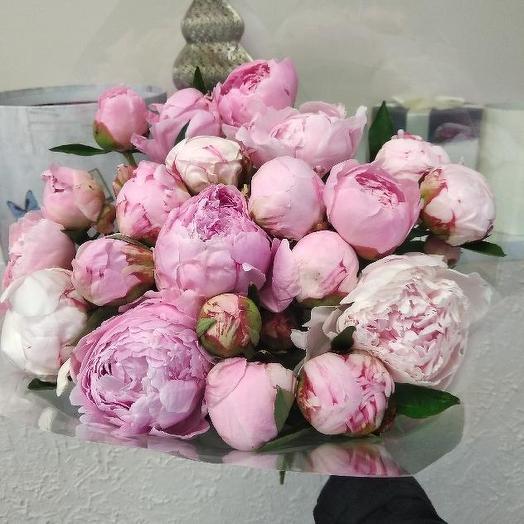 Букет из 21 розового пиона: букеты цветов на заказ Flowwow