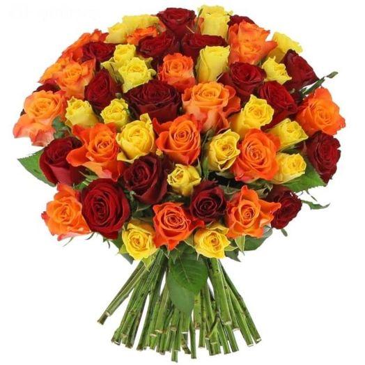 Букет из 65 разноцветных кенийская роза: букеты цветов на заказ Flowwow