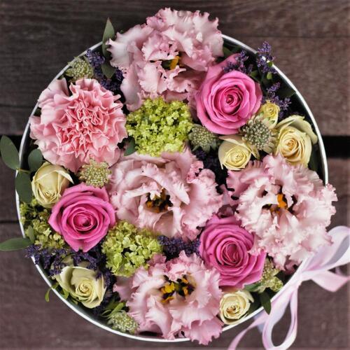 Доставка цветов в Новосибирске